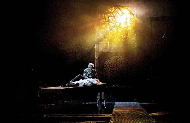 Roman Pertl als Romeo am Landestheater Marburg