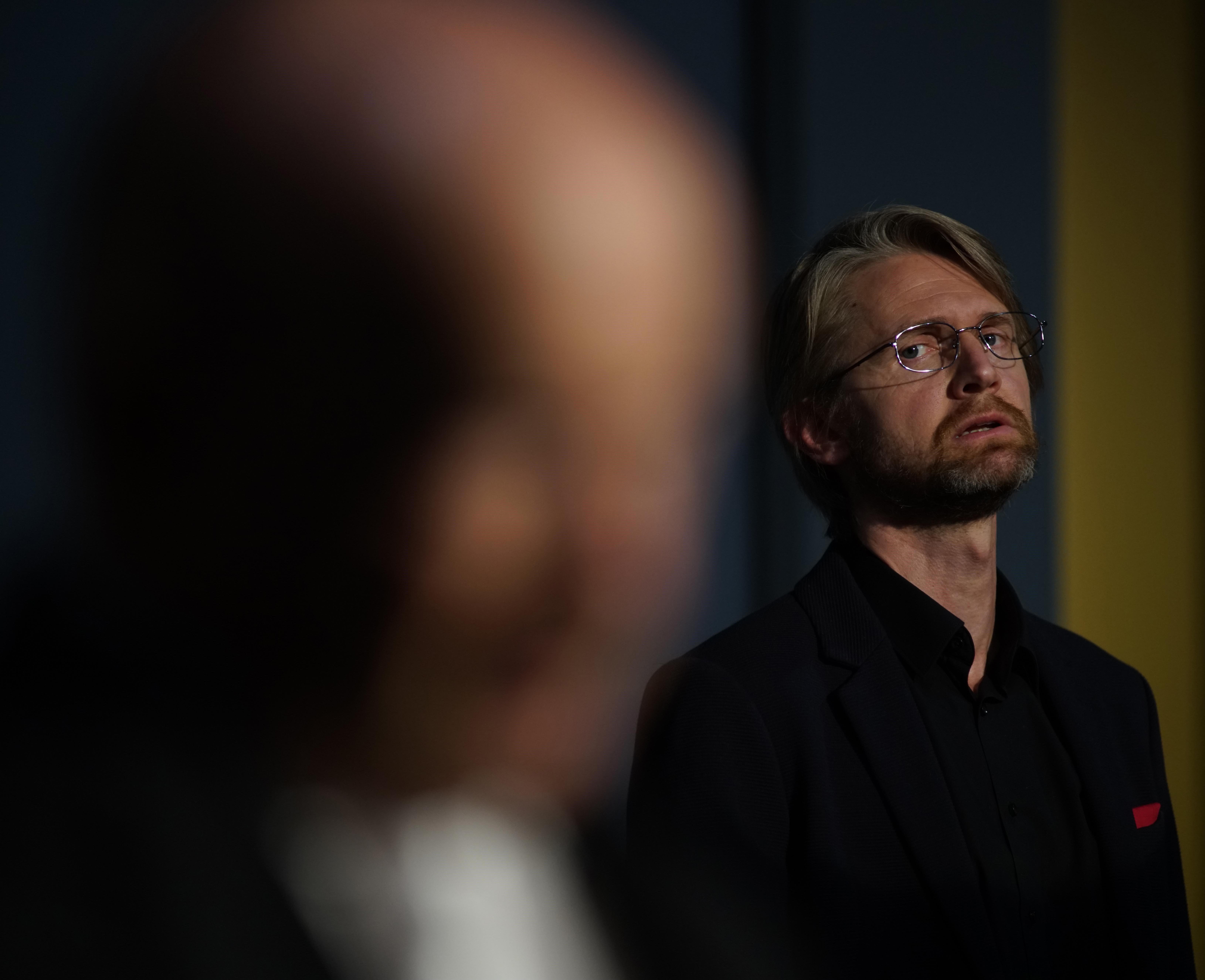 Thomas Peters in der Titelrolle am Hessischen Staatstheater Wiesbaden