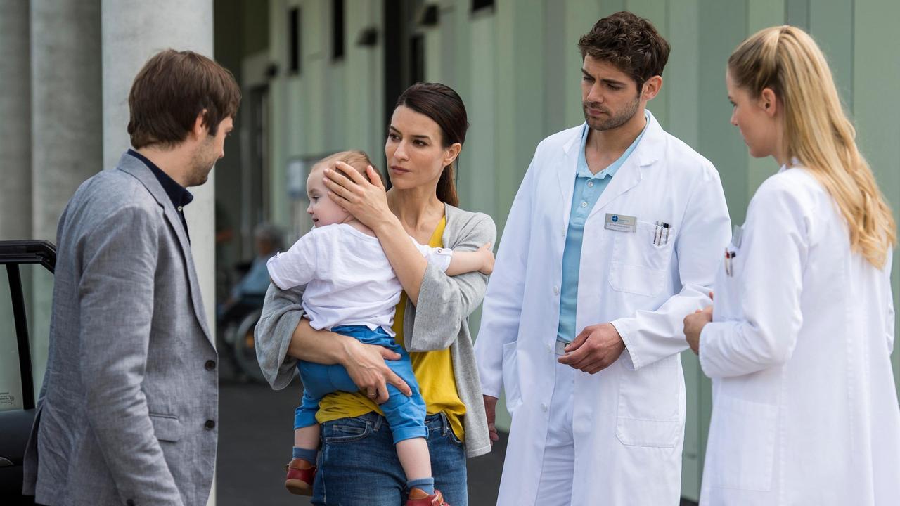 Anna Lena Class bei den jungen Ärzten