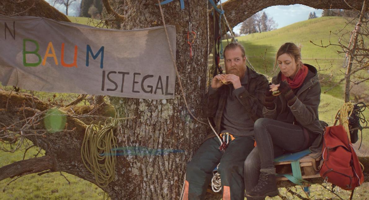 Götz Vogel von Vogelstein als Holzfäller für den amerikanischen Bulettenbrater