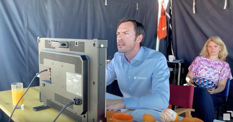 Arne Stephan als Strato Boss